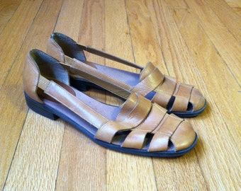 Free shipping Vintage huaraches brown leather womens sandals, size 8.5 sandles