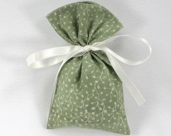 Green sachet bag, EMPTY fabric bag, country calico sachet, wedding guest favor, small gift bag, party supplies, tabletop decor, size 3x5