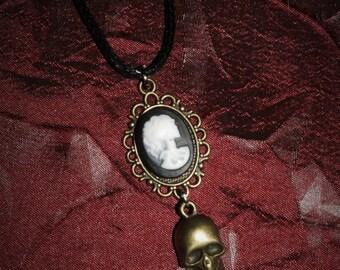 Chain 18 x 13 [skull and skull - bronze]