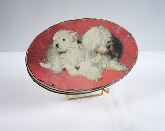 "Tin box ""Louis Clauss candies Paris"" 2 white Bichon Frise  vintage  Made in France"