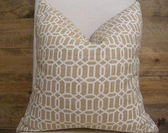 Graphic Trellis Print Pillow Cover -- Neutral Tan Geometric