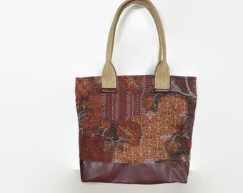 Medium sized zippered tote bag, tapestry shoulder bag, spacious tote bag, fabric tote bag, every day bag ,school bag, work bag