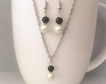 Black bridesmaid necklace set, black necklace set, black bridesmaid jewelry, black necklace, pearl necklace