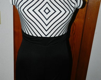 Vintage 60s Psychedelic Black and White Jumpuit - Size S/M
