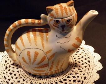 Hand-painted ceramic Tabbycat Teapot