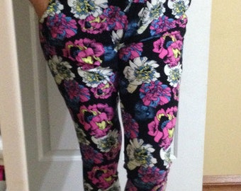 XL - Pockets! Flower Legging so so soft