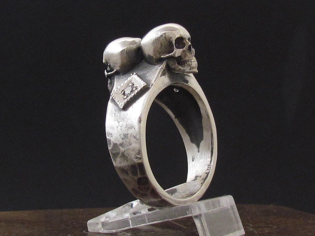 mysacrum skull ring diamonds