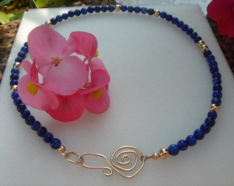Lapis lazuli necklace with extravagant closure!