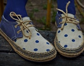 ForRest shoes by ChePick Art! All handmade, natural and vegan shoes! Vintage look with blue polka dots and unisex size. New flat shoes!