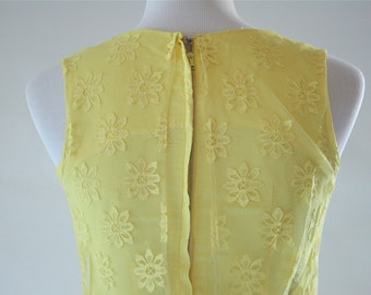 1960s Yellow Daisy Lace Shift Maxi Dress