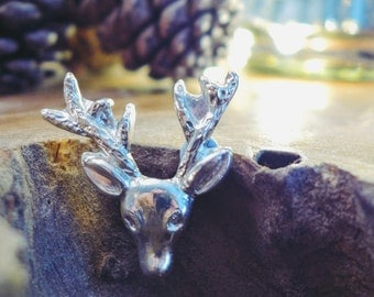 Fine Silver Winter Stag Brooch