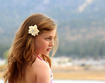 Ivory/ Cream Flower Hair Bow, Satin Ribbon Hair Bow, Ribbon Flower Hair Bow, Satin Flower Hair Bow, Flower Hair Clip, Satin Flower Hair Clip