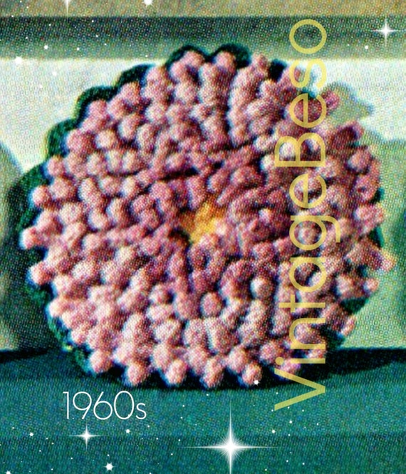 Mum Flower Crochet PATTERN Vintage 1960s Pillow by VintageBeso