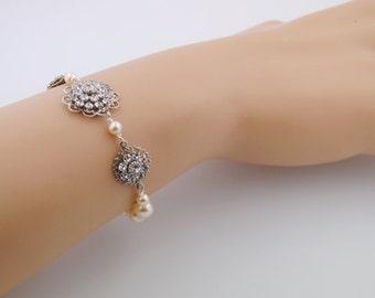Wedding bracelet - bridesmaids bracelet - Swarovski crystal - pearl wedding bracelet - bridal bracelet - wedding jewelry - Crawford bracelet