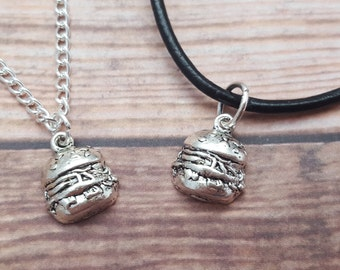 Burger Necklace, Hamburger Necklace, Cheeseburger Jewellery, Food Jewelry, Junk Food Necklace, Junk Food Gift, Food Lover Gift, Dad Gift