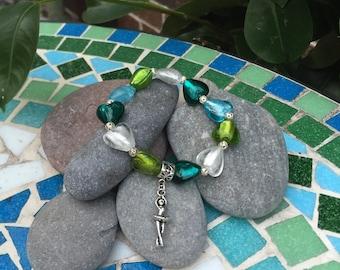 Little girl's glass beaded bracelet