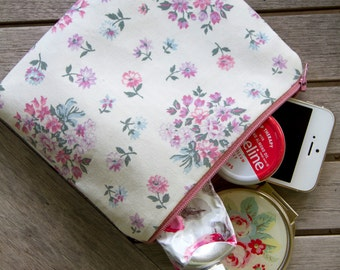 7 x 6 inch Cotton, Fully Lined Pink Floral Zip Pouch