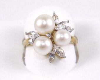 Fine 3 Pearl & Marquise Cut White Sapphire Lady's Fashion Ring