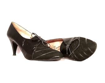 1980's Heels | Polina Ferragamo Black Oxford Heels | Size: 7.5