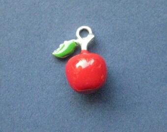 3 Apple Charms - Apple Pendants - Fruit Charm - Apple - Apple Charm - Food Charm - Enamel Charm - 17mm x 12mm  -- (G4-10872)