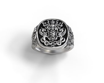 Coat of arms/Family crest signet ring - Sterling silver, Palladium, Gold, Platinum