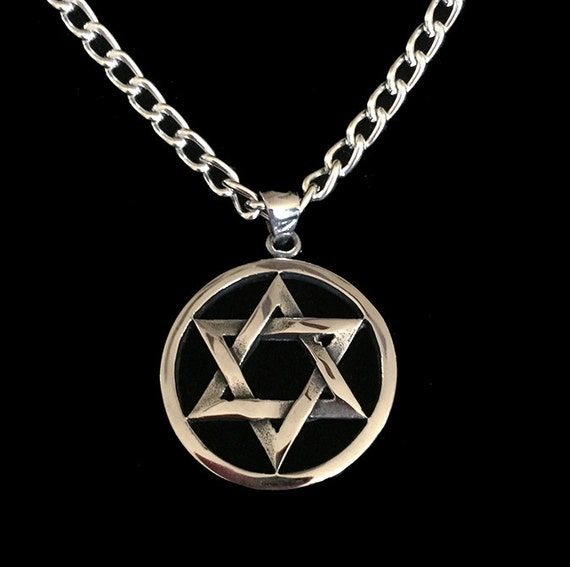 Men 39 s stainless steel star of david in circle pendant for Star of david necklace mens jewelry