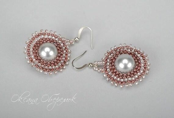 Round earrings Pearl earrings Trendy earrings Light pink earrings Gray earrings