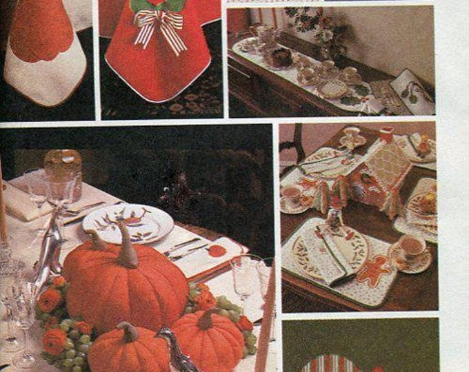 Free Us Ship Craft Sewing Pattern Uncut McCall's 7651 Holiday Applique Quilt Tablecloths Table Decor 1981 Thanksgiving Christmas