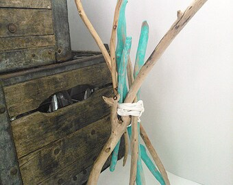 Driftwood ballot - decoration - turquoise and natural wood