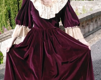 "Sale!! Vintage Crimson Velvet Victorian Gown Gothic Romantic Lace Droopy & Browns UK 8 US 4 EU 36 Bust 34"" 87cm"