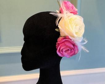Hair flowers. Pink hair flowers. Flower comb. Bridesmaid hair flowers. Flower fascinator