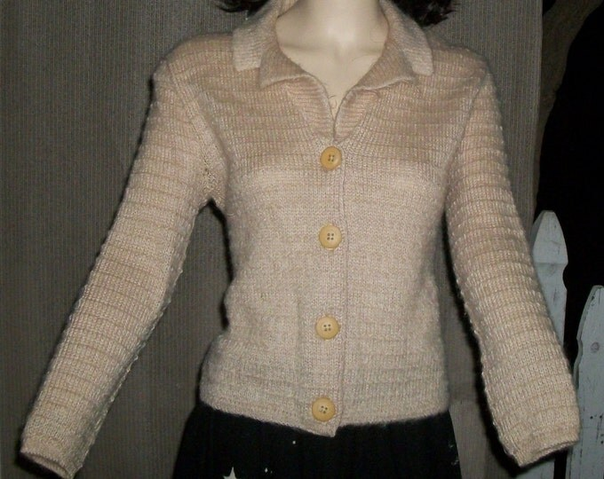 Vintage 50s 60s Jane Irwill Bombshell Pinup Rockabilly Beige Knitted Wool Womens Long Sleeve Cardigan Sweater