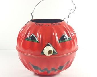 Vintage Halloween Trick-Or-Treat Handled Candy Bucket. US Metal Mfg Co.