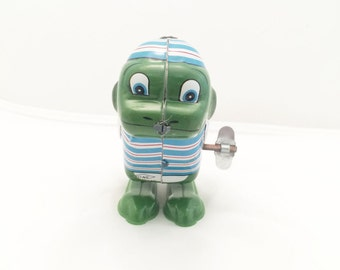 Vintage Yone Japan Jumping Frog Wind Up Tin Toy