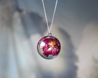 Real Flower Resin Pendant Necklace