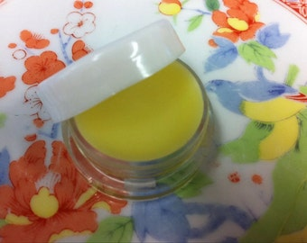 Natural Blossom Solid Perfume. Essential oil balm with Neroli orange blossoms. Comes in a 5gram cosmetic pot. Aromatherapy