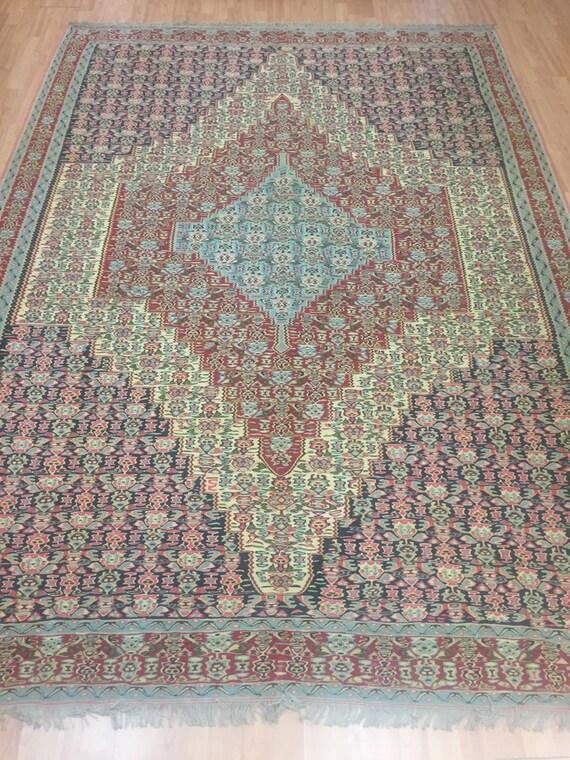 "6'6"" x 9'2"" Persian Senneh Oriental Rug - Very Fine - Hand Made - 100% Wool"