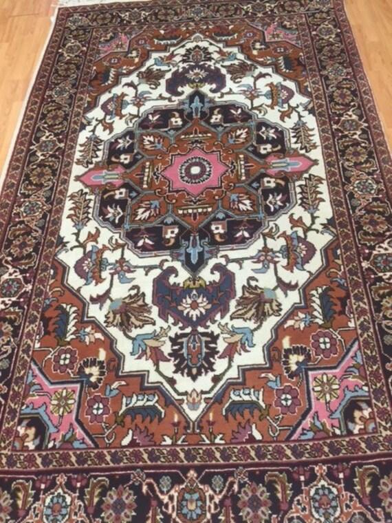 "5'9"" x 9'7"" Persian Heriz Oriental Rug - Hand Made - 100% Wool"