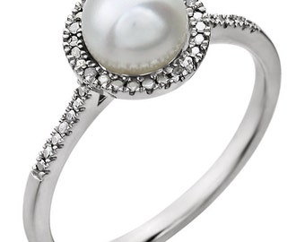Pearl Ring, White Pearl RIng, Freshwater pearl ring, Silver pearl ring