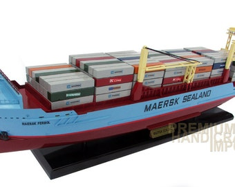 """Maersk Sealand Line Container Ship Model 28"""" ready for display"""