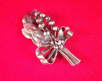 Traditional Hobé Floral Brooch - 1940s Sterling Silver - Leaves and Buds Wrapped in Ribbons & Bow Pretty! 532