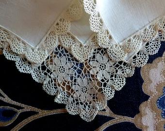 Cotton handkerchief with crochet lace. 1910s