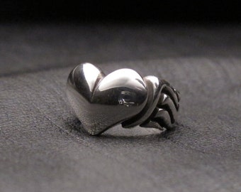 Soaring Heart Ring