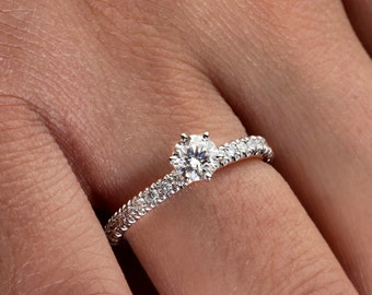 Diamond Engagement Ring in 14k Solid White Gold