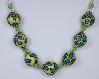 Flower Pearl Necklace in blue, yellow and green beads