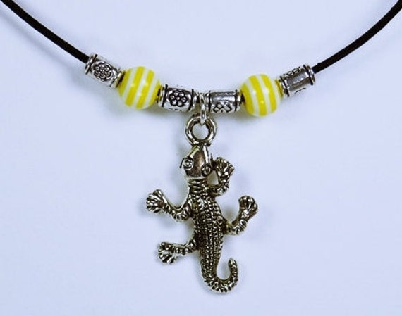 Necklace Gecko Lizards silver-colored lizard pendant and yellow beads on black leather band lizard Jewelry Gecko Jewelry Yellow