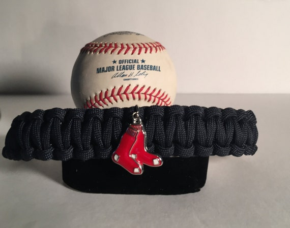 Red Sox Paracord Bracelet, Boston Red Sox charmed,stainless steel metal silver buckle ,porcelain enamel charm