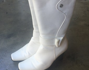 Vintage Mod White Anna Mid-Calf Boots Sz. 5 1/2