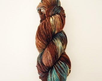Hand dyed yarn 'Patina' 4ply MCN 100g