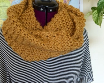 Hand Knit Chunky Infinity Scarf   Handmade infinity scarf   knit eternity scarf